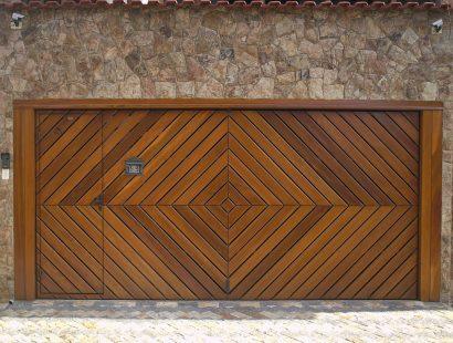 Modelos de Portões de Madeira