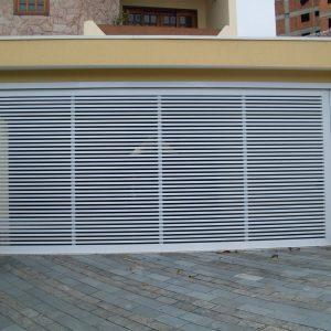 Portão Basculante NPLA03