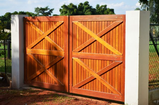portão para sítio